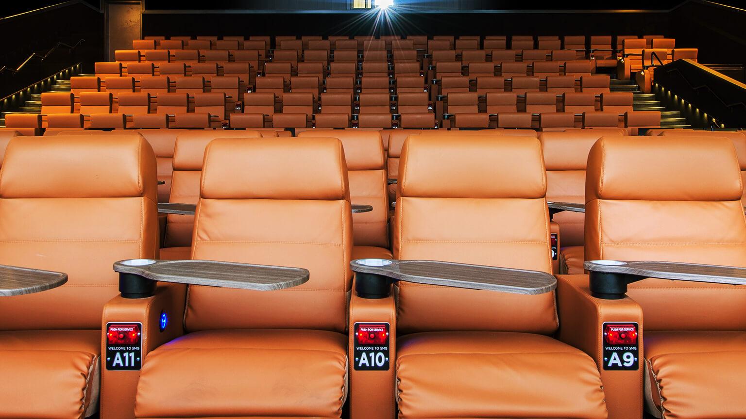 Royal Lane, Dallas, TX Movie Theater | Studio Movie Grill